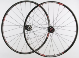 26 Zoll MTB Novatec Light Disc 28 Loch / DT Swiss XR 350 / D-Light 1425 g Laufradsatz - 1